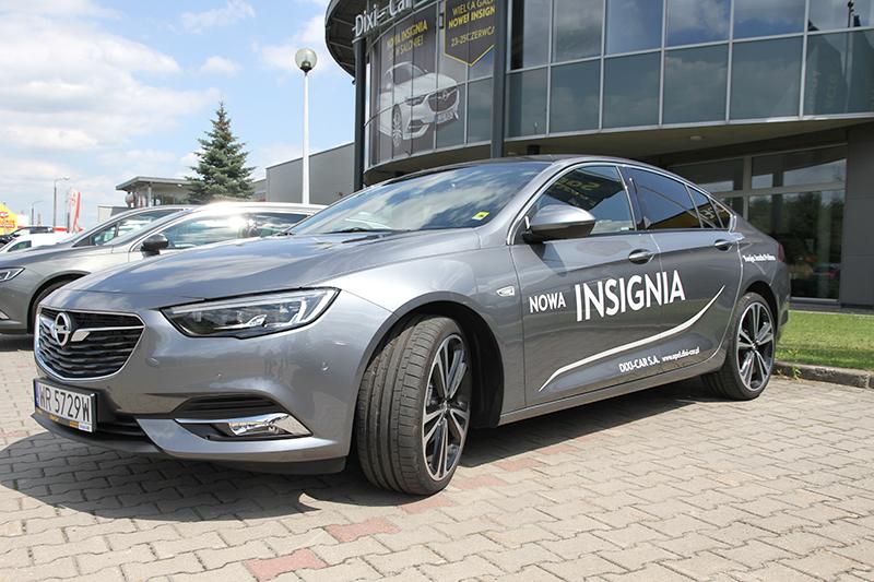 Nowe modele samochodów w salonach - Opel Insignia (zdjęcia)