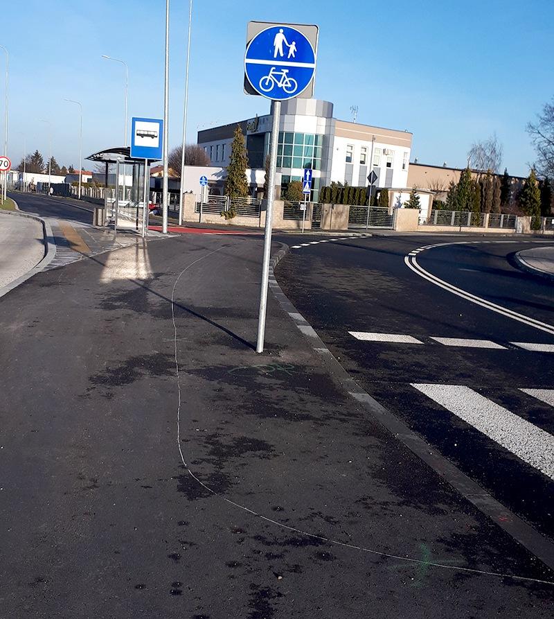 Ciąg pieszo-rowerowy trasowany, nie malowany