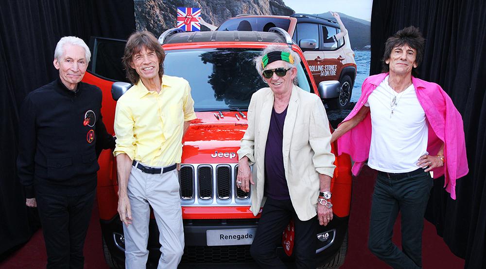 Jeep Renegade z autografami muzyków The Rolling Stones
