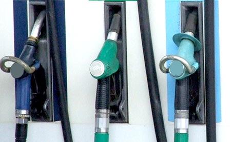 U nas duże obniżki cen paliw