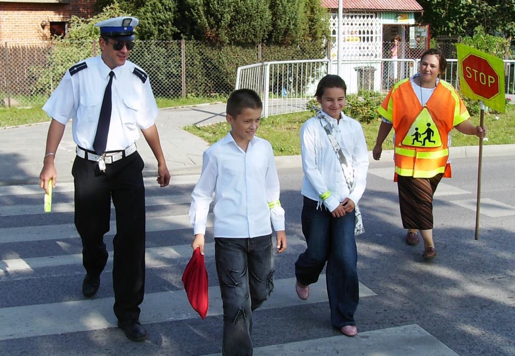 Dzieci i młodzież wracają do szkoły