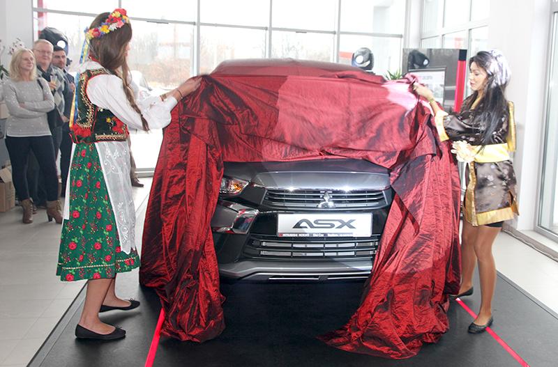 Mitsubishi ASX 2017 w sprzedaży (film)